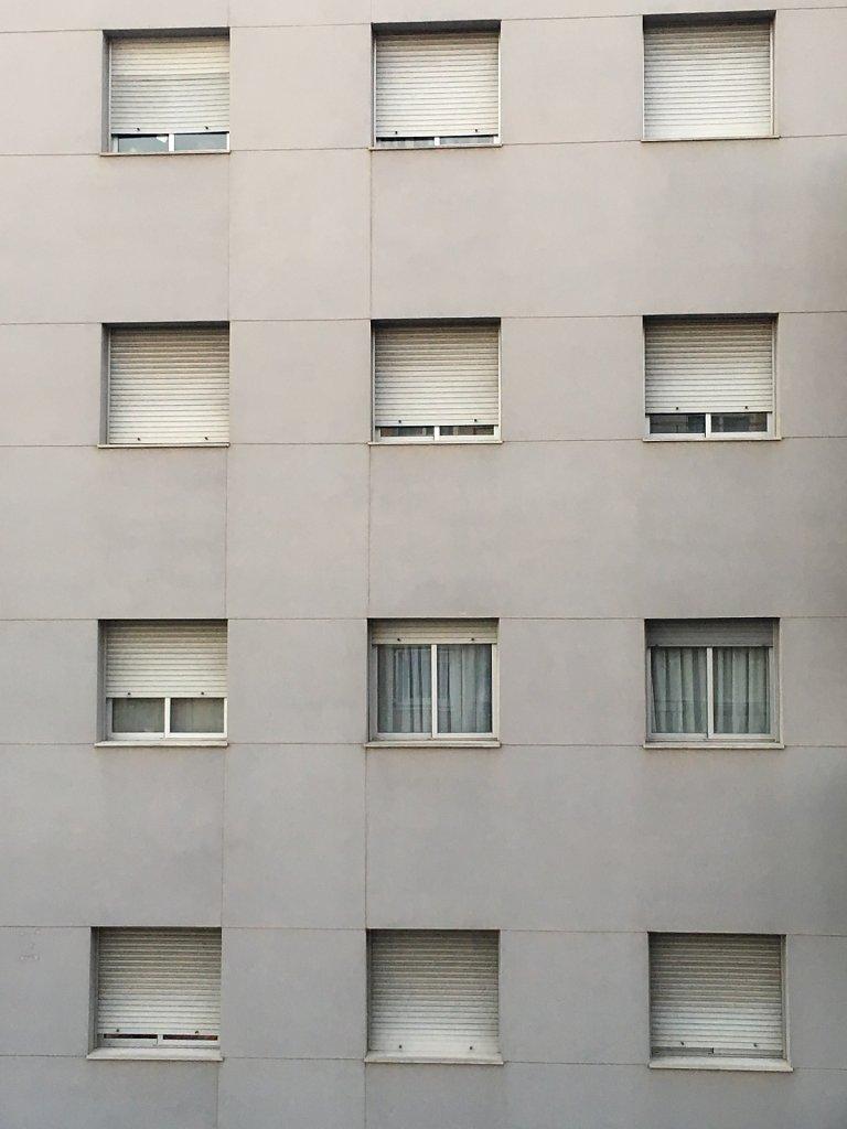 ESO12-finestresobertes8de12.JPG